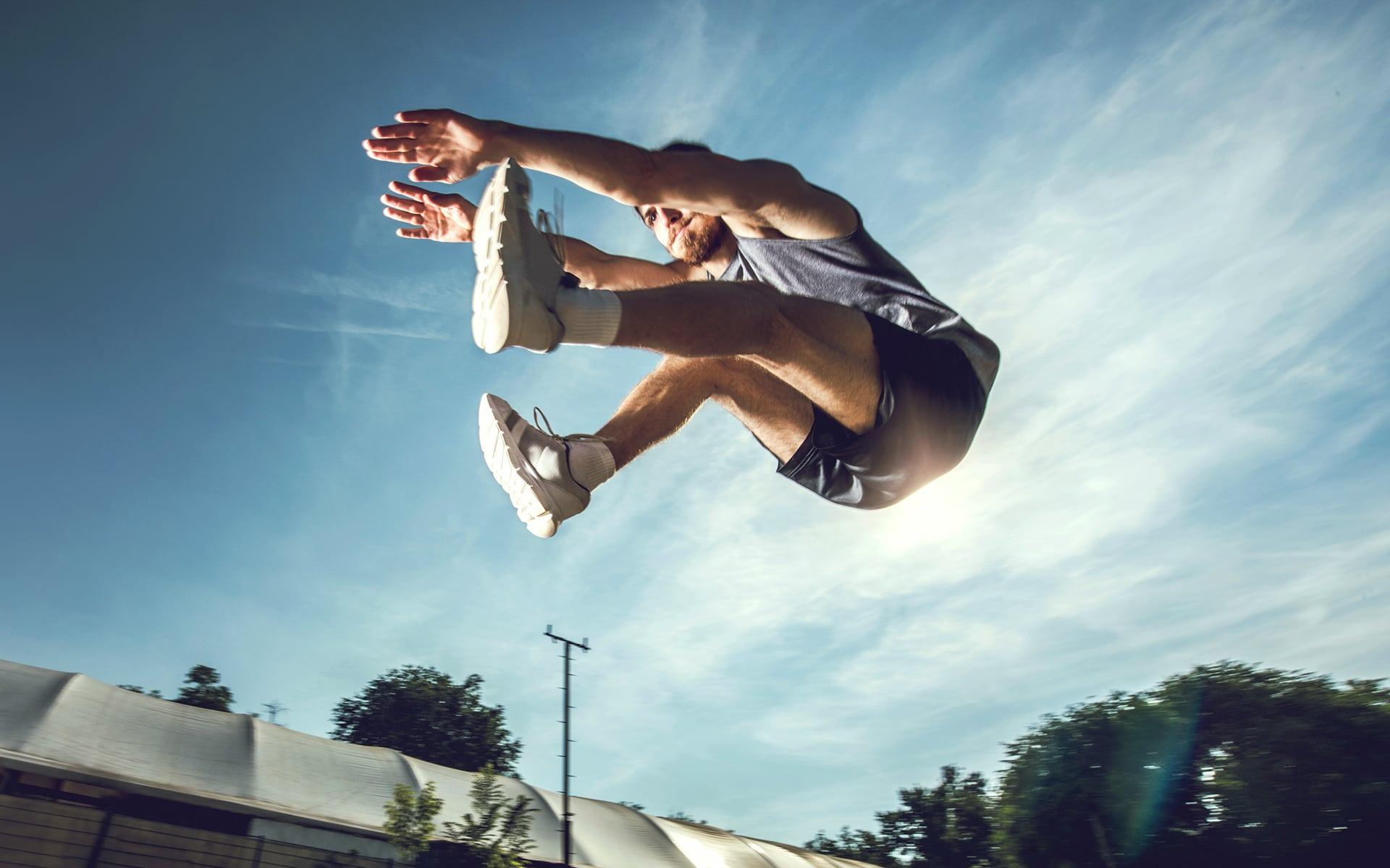 Process Performance - man optimises his long jump performance