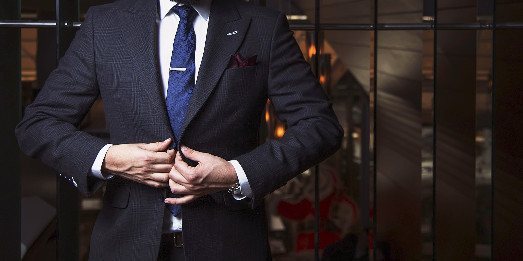 Perfect-Fit BPM Solution - Man with perfect fitted suit