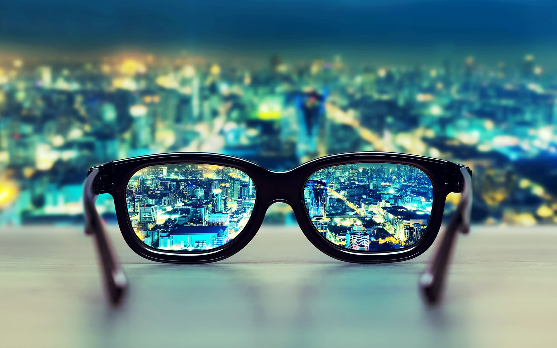Signavio alternative to Visio - glasses on a table makes the view clear