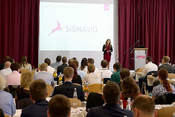 Spannende Präsentation beim Signavio-Kundentag 2016 in Berlin.