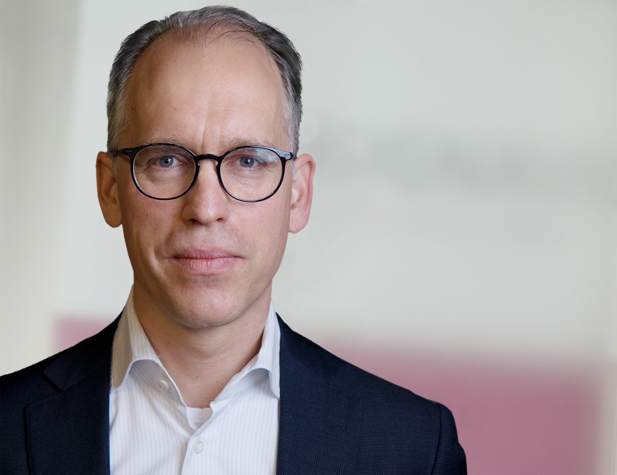 Portrait image of Daniel Rosenthal