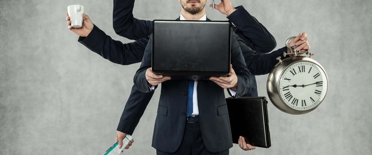 Change Management & Creative Services - Man with a notebook and 8 arms