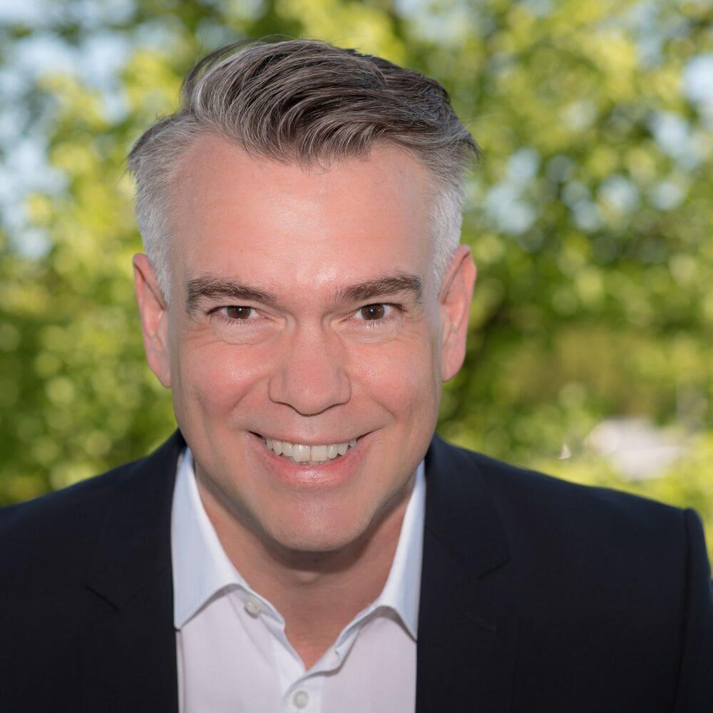 Profilbild_Michael Stieghorst